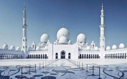 Белая Мечеть Шейха Заида Бин Султана Аль Нахьяна в Абу-Даби. ОАЭ