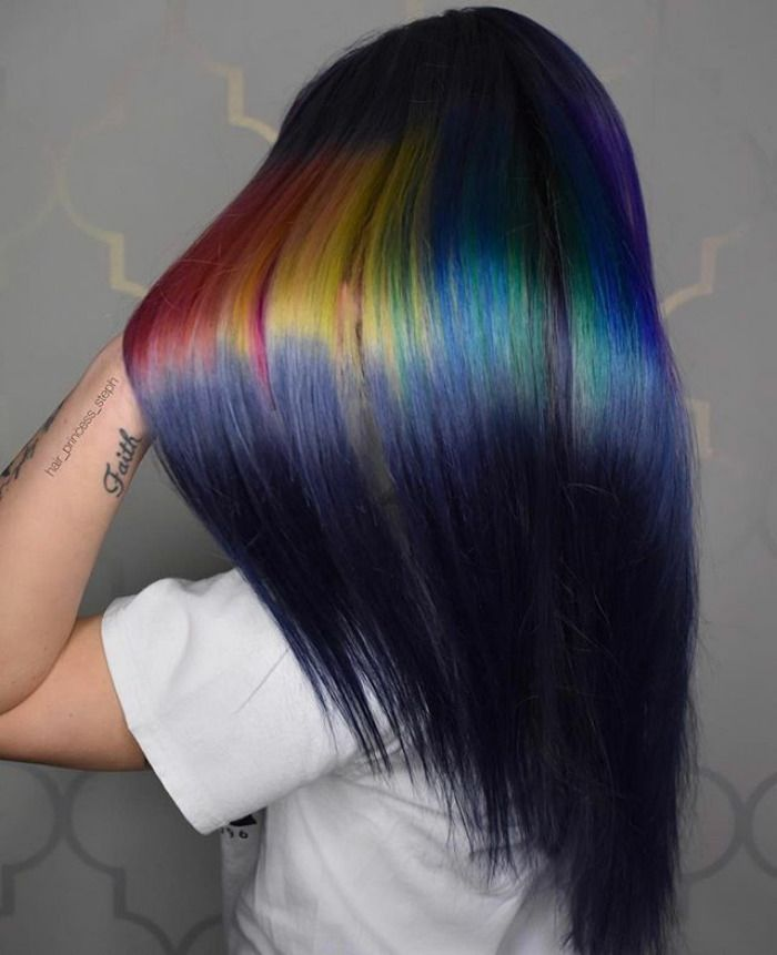 Shine Line Hair Is The Newest Trend Going Viral On Instagram Holographic Hair Hair Inspiration Color Hair Trends