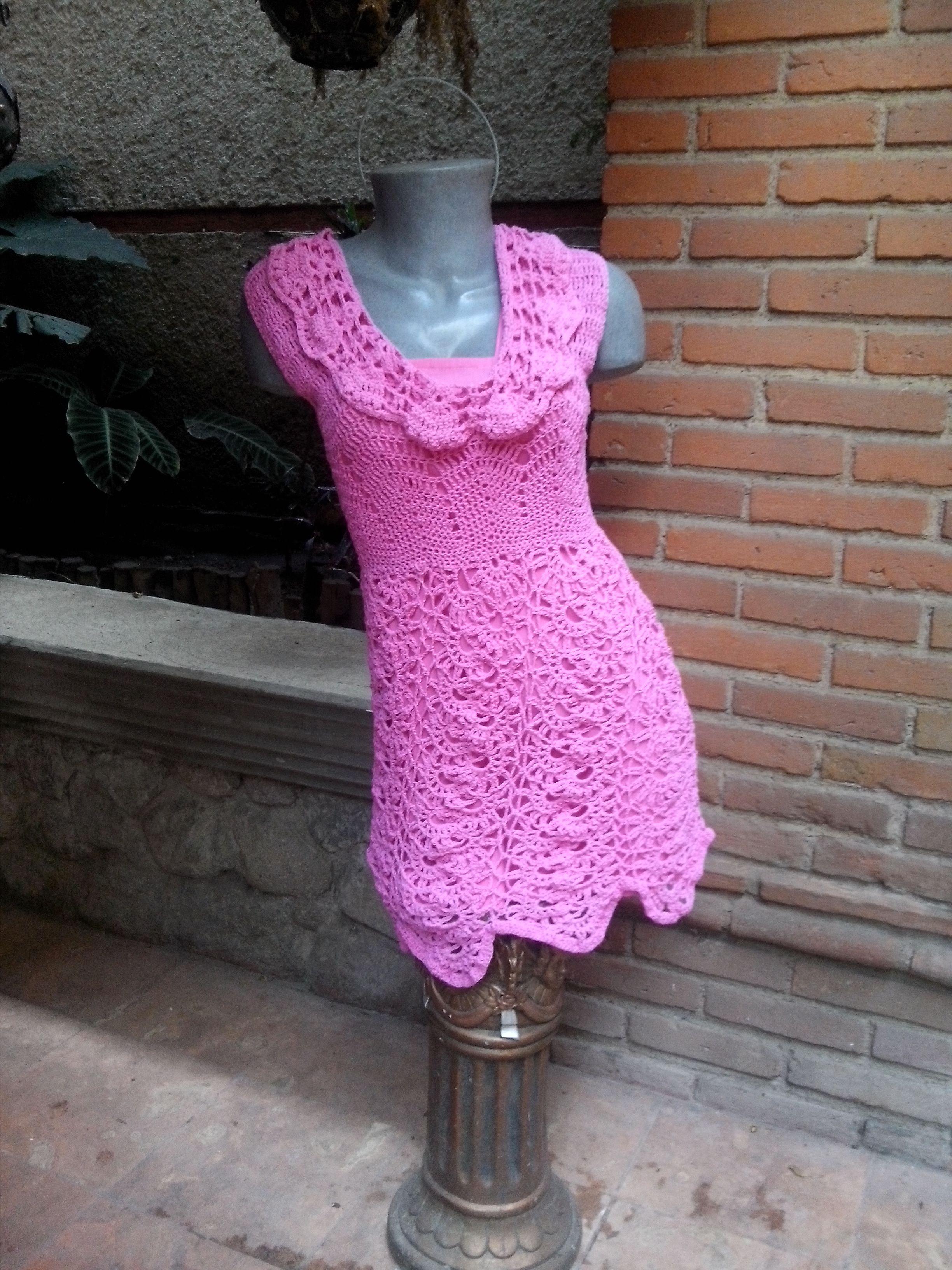 vestido crochet de varias puntadas creado por el castillo de los estambre