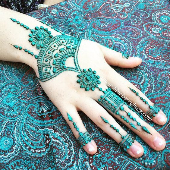 50 Colourful Henna And Mehndi Designs You Must Try #hennadesigns