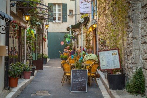 An Alley in Saint Remy de Provence \\France