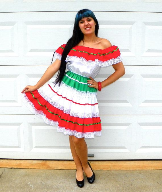 Sexy mexican dancing