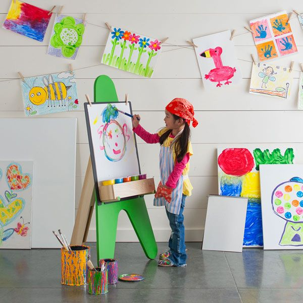 How To Make A Kid-size Easel!