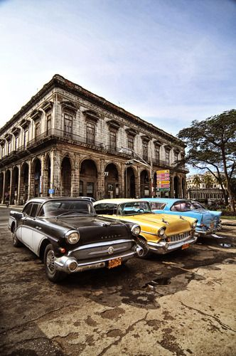 Havana & old cars