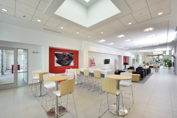 Fred Anderson Nissan of Fayetteville customer lounge