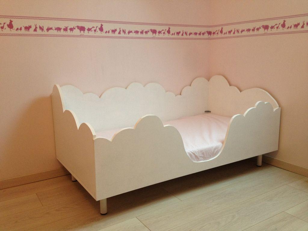 lit nuage menuiserie maison miiflore bricolages. Black Bedroom Furniture Sets. Home Design Ideas