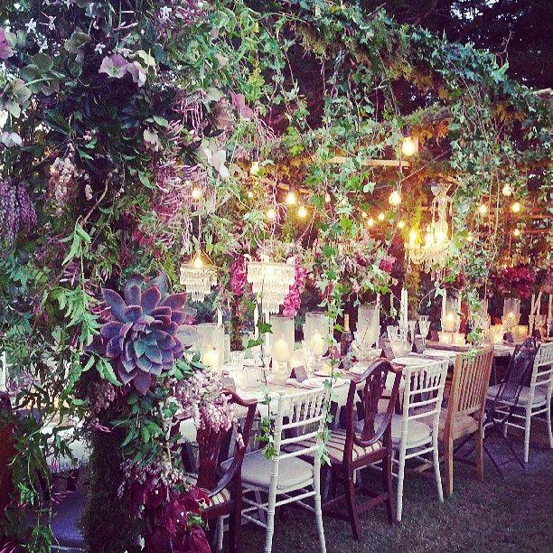 Breathtaking Bohemian Outdoor Wedding Altar: Yellowglen Peacock Lane By SW // Www
