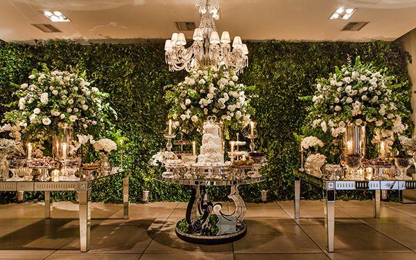 Decoração de casamento clássico-contemporânea em verde e branco ...