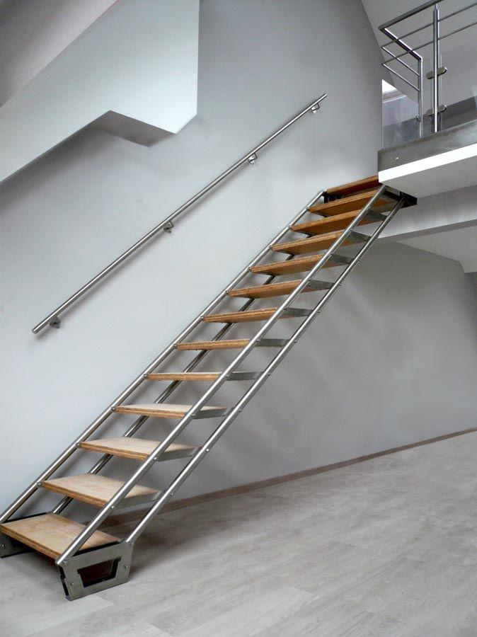 escalier design | MOIRA XL: escalier droit design en inox | ATÖLYE ...