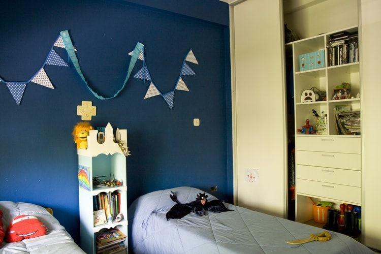 Une Chambre De Garcon Bleu Roi Deco Chambre Garcon Idee Deco