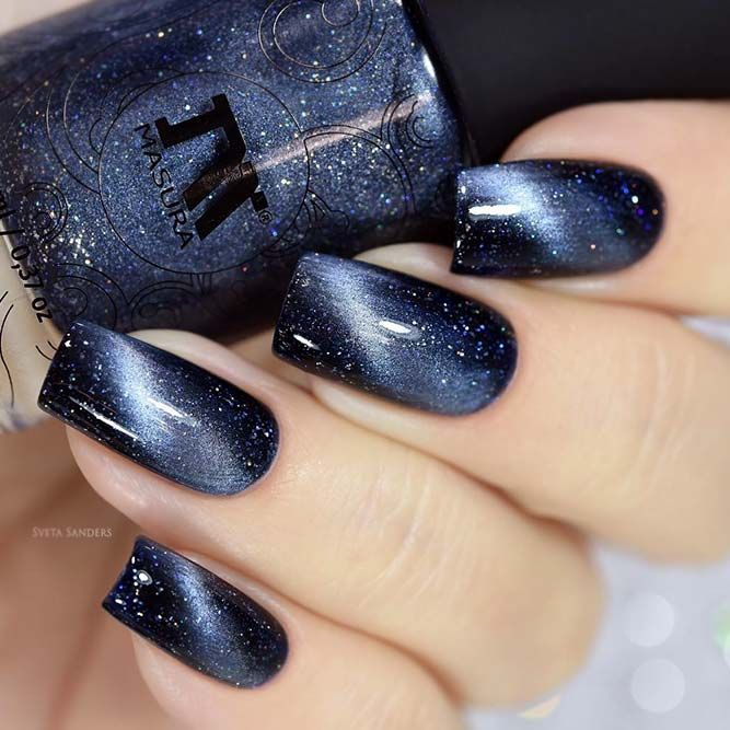 25+ Exquisite Holiday Nails To Celebrate The Occasion #holidaynails