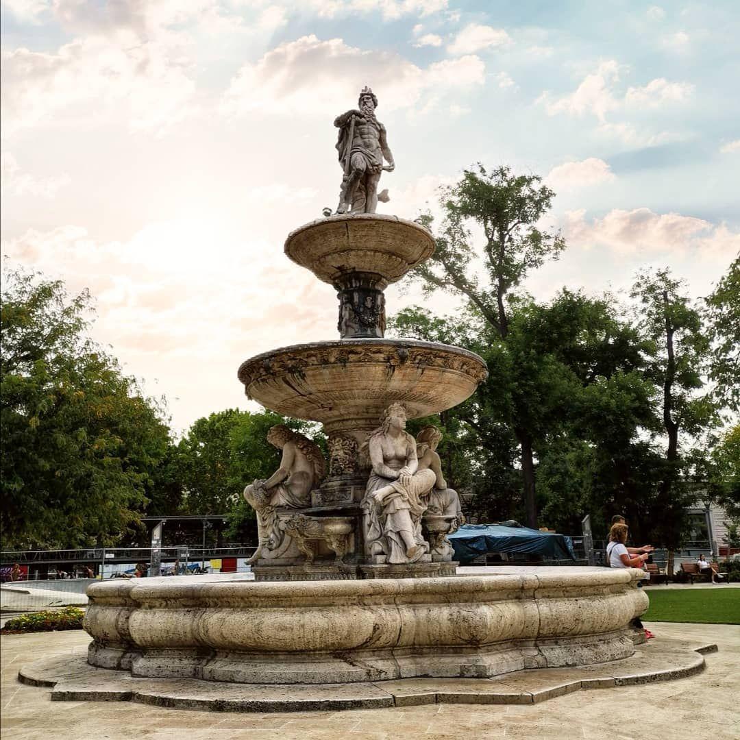 Hungary 🇭🇺 . .  #streets #city #history #underground #urban #art #colour #jew #travel #adventure #bo...