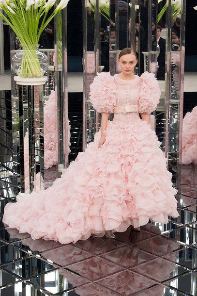 Die schönsten Brautkleider für 2018   Haute couture, Couture and Rose