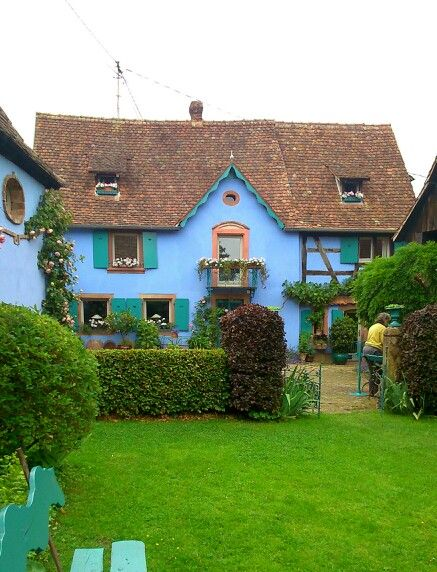 Beautiful house  Garden at \