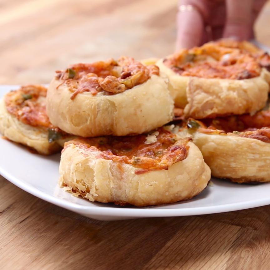 Bacon Jalapeño Popper Pinwheel Pastries