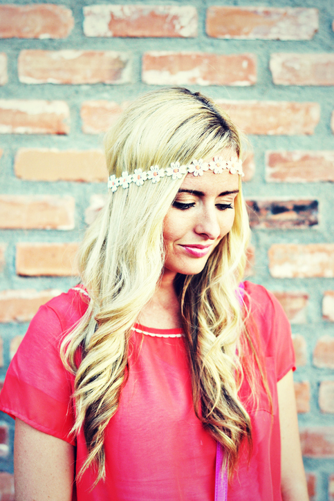 Add a touch of hippie with a darling daisy headband