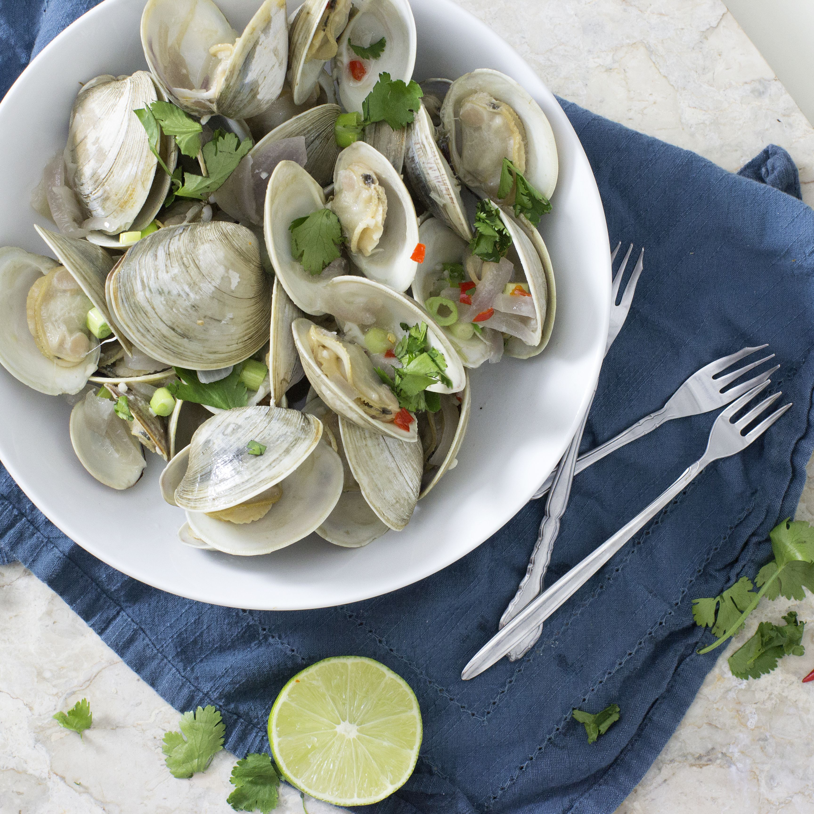 Coconut Thai Steamed Clams Just Me And The Clams Steamed Clams Clams Corn Free