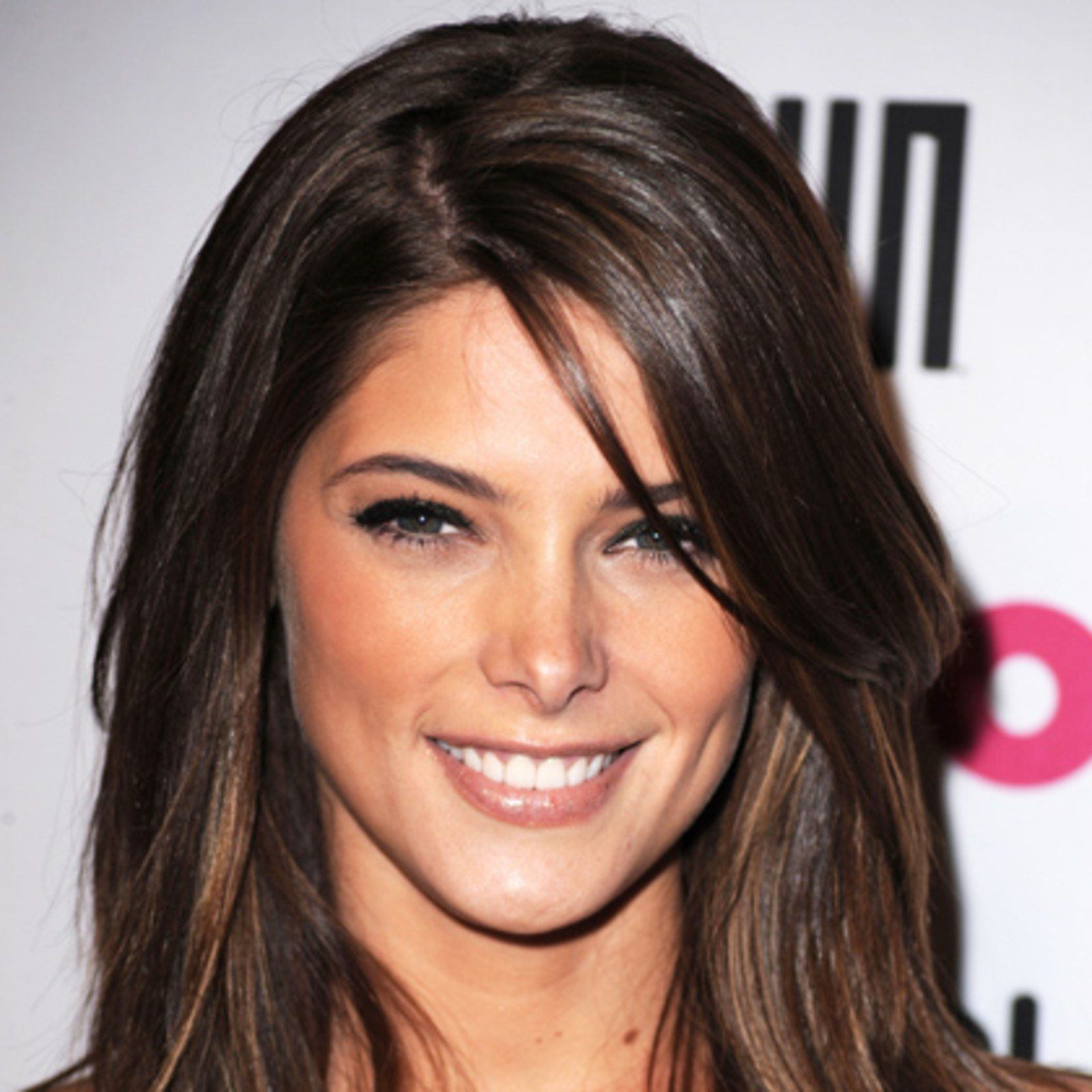 The Top 8 Haircuts For Heart Shaped Faces Heart Shaped