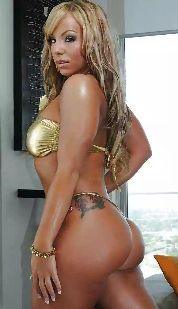 Joanna shari bikini beach
