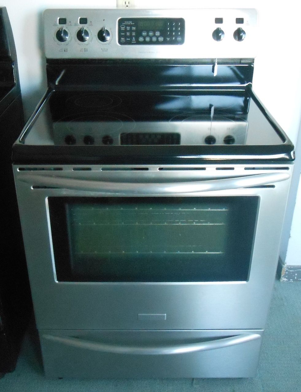 Appliance City - Frigidaire electric range Advanced Bake Plus ...
