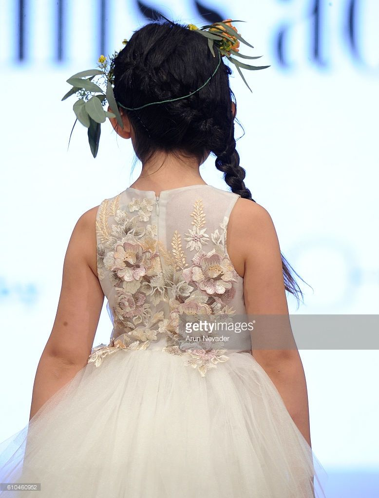 Little miss aoki vancouver fashion week mischka aoki