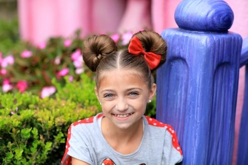 Minnie Mouse Buns Hairstyle Tutorial And More Hairstyles From - Bun hairstyle games