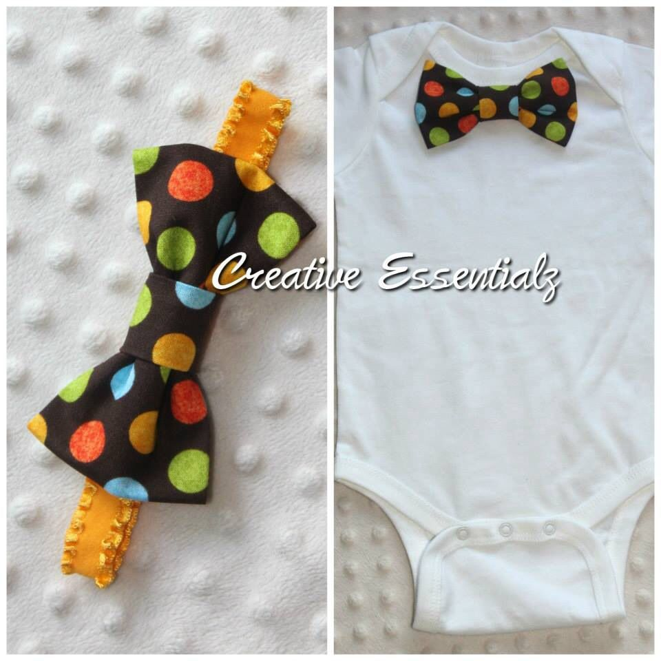 Smash Cake Outfit: Baby Bow Tie Bodysuit with matching headband for a little girl. Great outfit for twins!  https://www.etsy.com/ca/shop/CreativeEssentialz