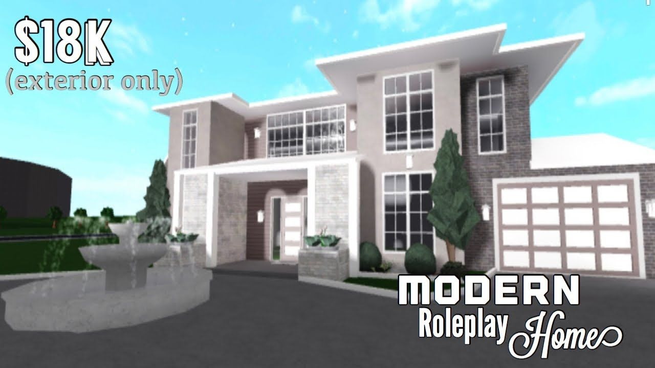 Bloxburg Modern Roleplay Home Part1 Exterior 18k In 2020 Home Building Design Luxury House Plans Small Modern Home