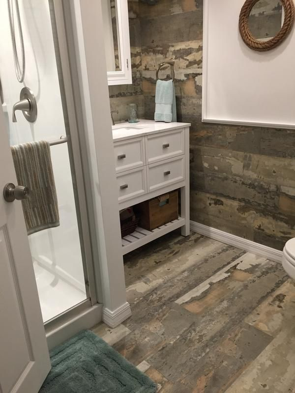 Evp Combines The Durability And Waterproof Features Of Vinyl With The Quick Easy Installation Of Laminate I Vinyl Flooring Bathroom House Flooring Barn Board