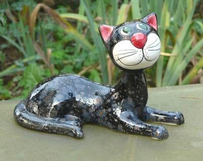 Gartendeko Katze Keramik Gartendekoration liegt schwarz braune Effektglasur  http://stores.ebay.de/Lydia-s-Wohn-Garten-Ambiente_Garten-und-Terasse_W0QQfsubZ253412019