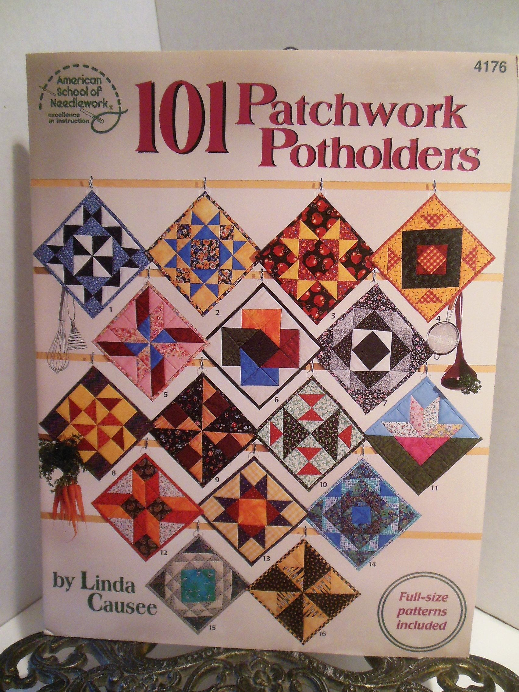 "101 Patchwork Potholders Full Size PATTERNS Quilting BOOK Small Projects 8""  x 8"" Blocks"