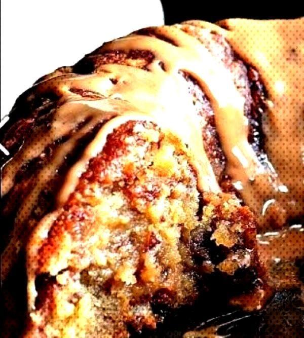 Brown Sugar Carmel Pound Cake Ein dekadenter Zitronen-Heidelbeer-Käsekuchen in ...   - wedding - B