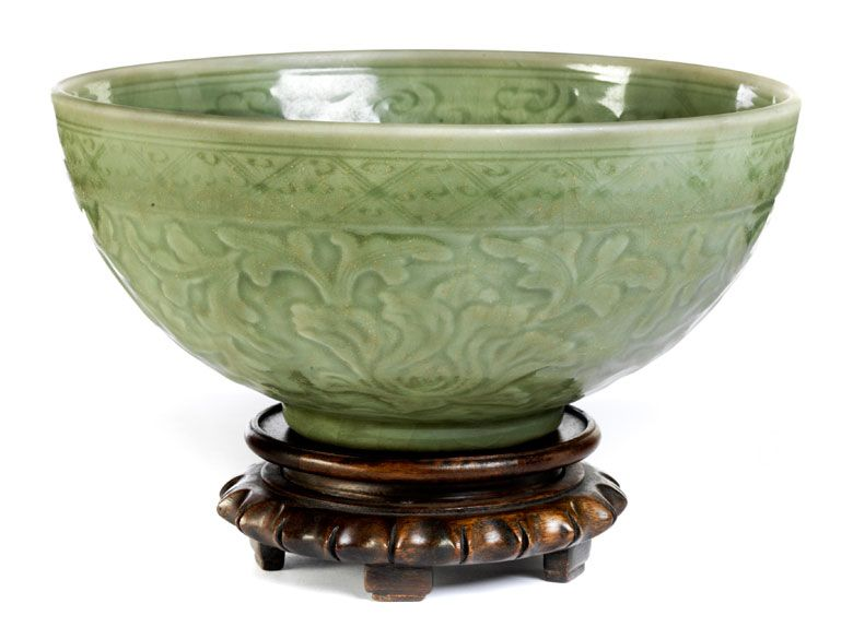 Chinese Celadon Bowl on Stand