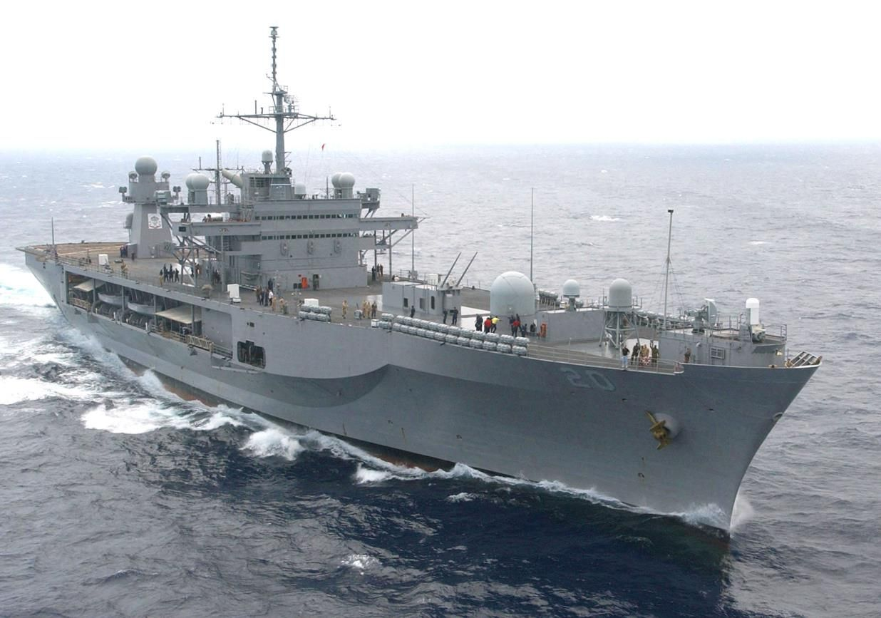 U S 6th Fleet Command And Control Ship Uss Mount Whitney Lcc 20 Arrived In Zeebrugge Belgium July 3 To Participate In Th Us Navy Ships Navy Ships Navy Day
