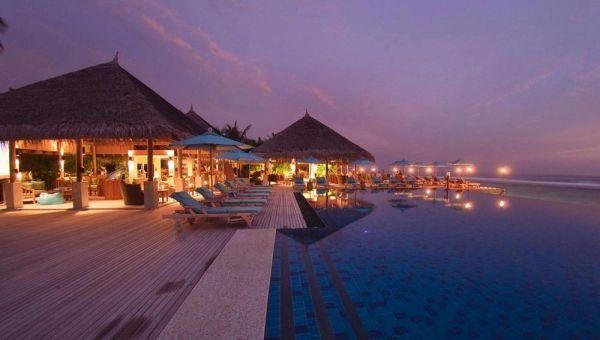 Anantara Veli Resort & Spa Dhoni Barand Pool