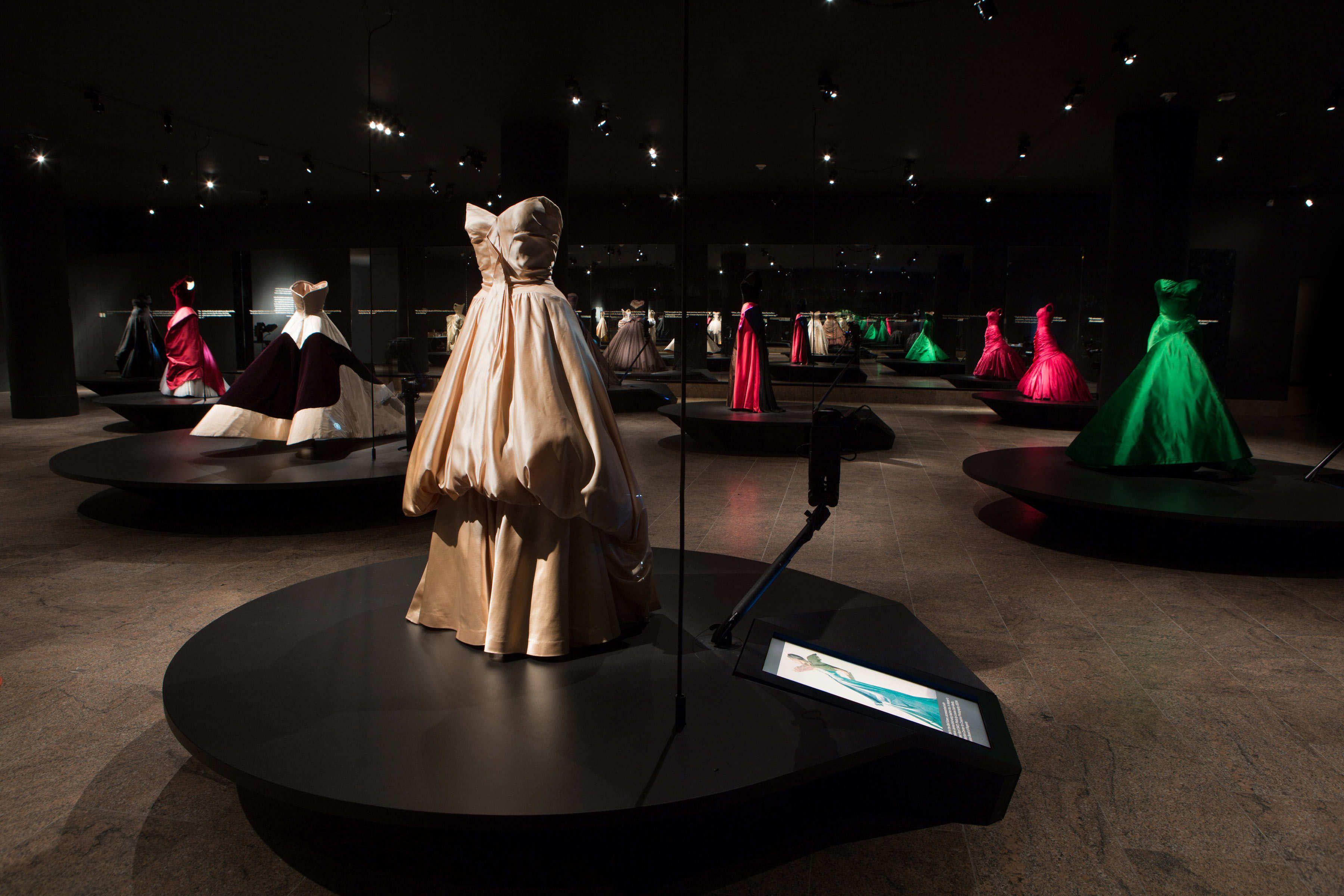 Charles James Met Exhibit - The Cut