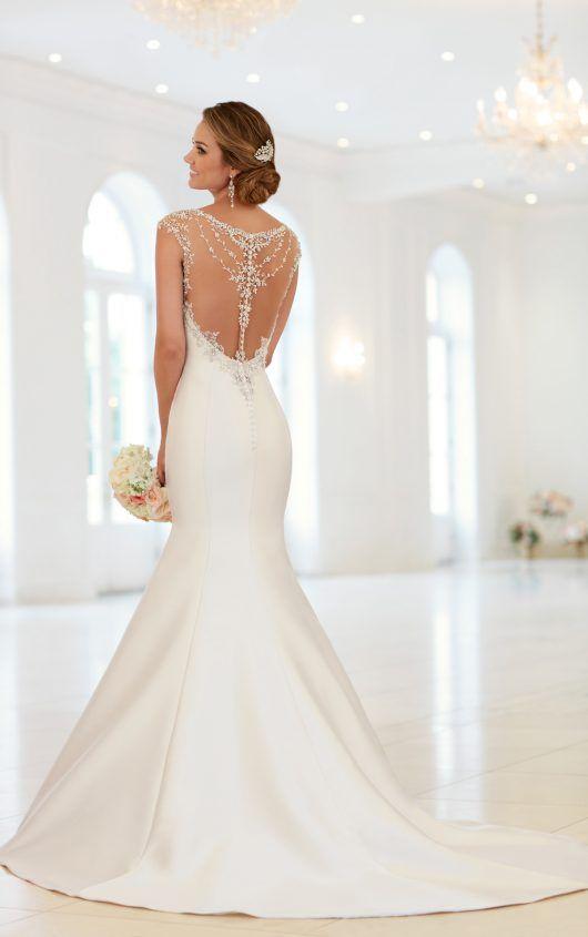 Cap Sleeve Trumpet Wedding Dress With Beaded Illusion Back Stella York Trumpet Wedding Dress Wedding Dresses Satin Stella York Wedding Dress