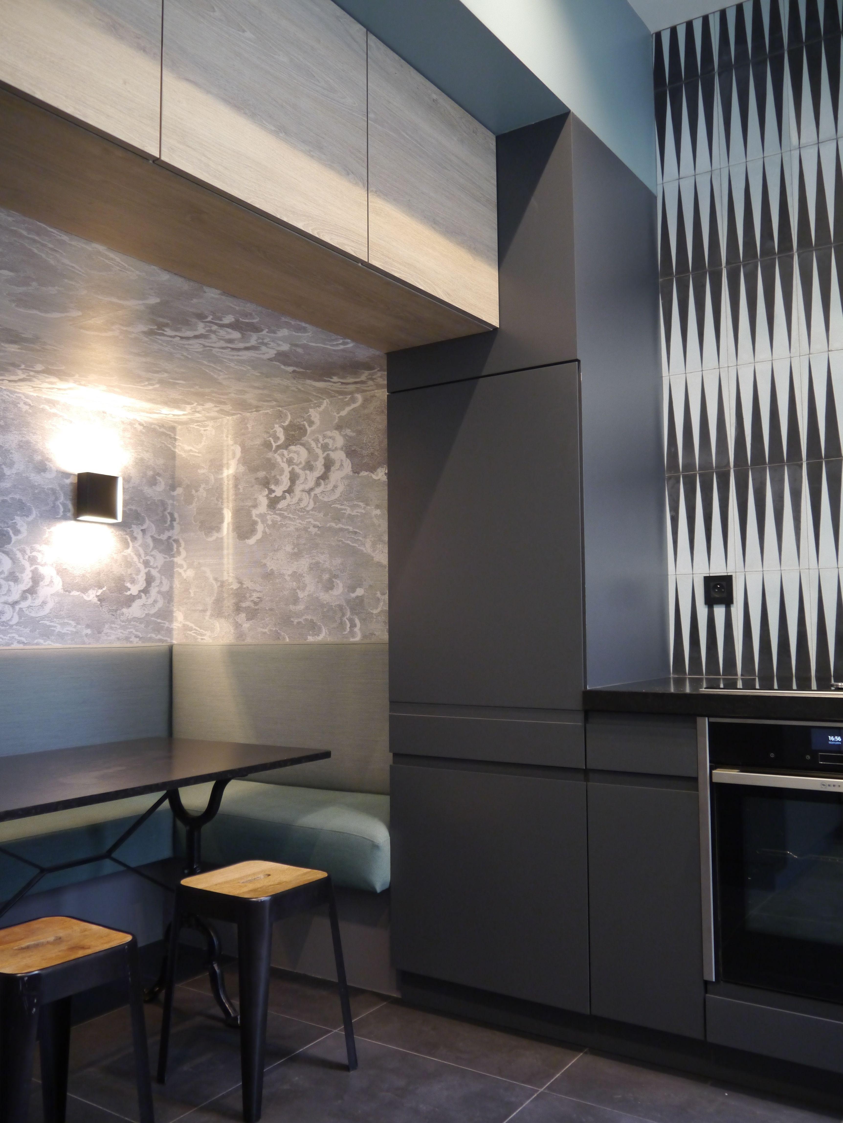 banquette de cuisine tissu kwadrat papier peint nuvolette fornasetti carreaux de ciment. Black Bedroom Furniture Sets. Home Design Ideas