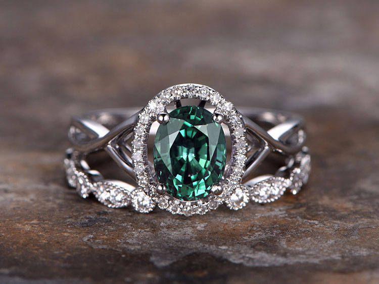 Alexandrite Wedding Rings Alexandrite The Chameleon Of Engagement Ring Stones Alexandrite Engagement Ring Engagement Ring White Gold Stone Engagement Rings