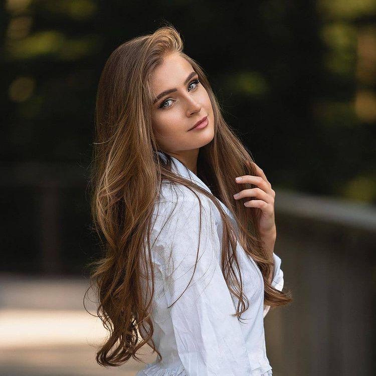 صور بنات كيوت On Instagram اكسبلور فولو لايك العراق اربيل الموصل ستوريات انستا اقتباسات رمزيات بنات رمزيا Beauty Long Hair Styles Hair Styles