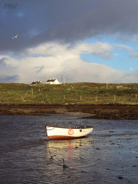 táthar ag fáire orainn by Heir Island, West Cork Ireland, via Flickr
