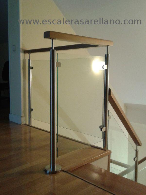 Barandilla de madera, acero inoxidable y cristal Escaleras