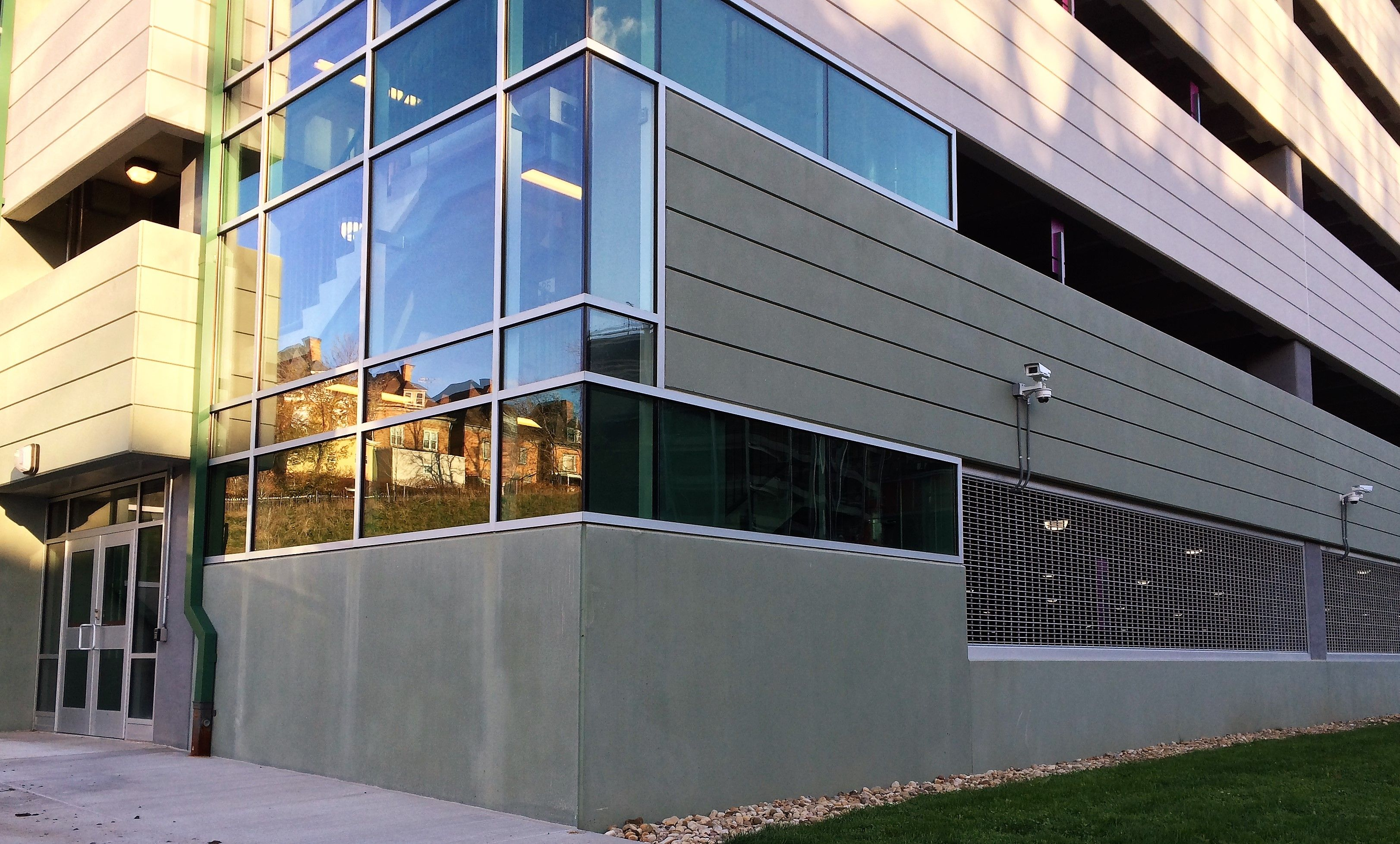 Luna Precast Parking Garage With Green Pigmented Concrete
