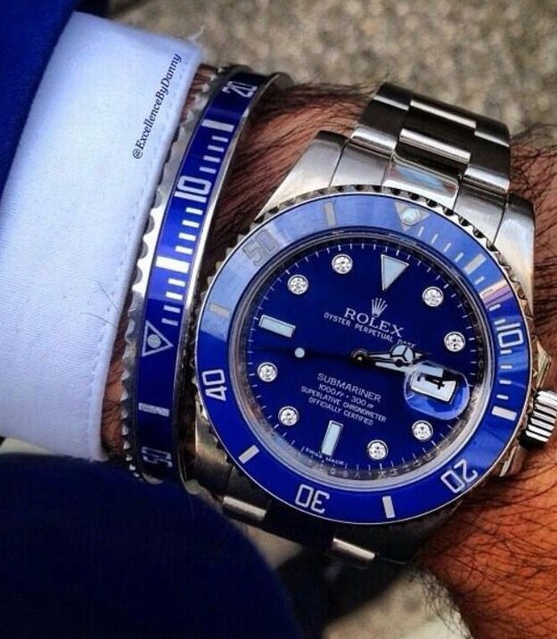 Oyster Perpetual Rolex Submariner Date Ref 116619 in 18k White Gold and Blue Bezel Blue Dial.