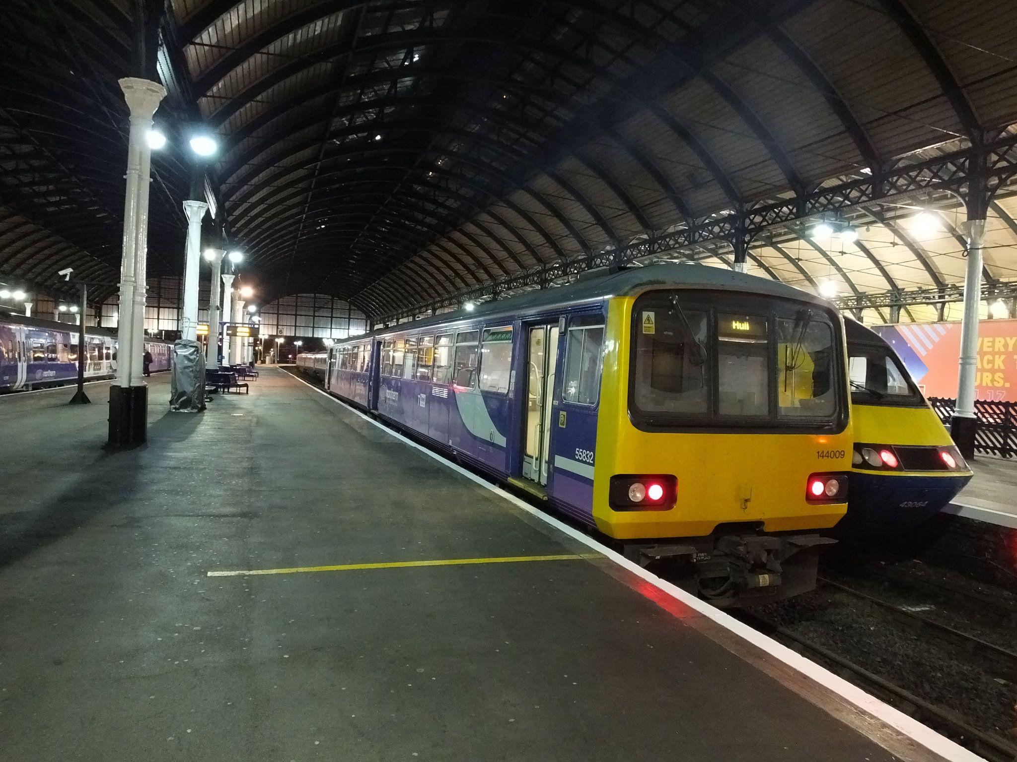 144009 Hull Railway Station Railway Station Railway Northern Rail