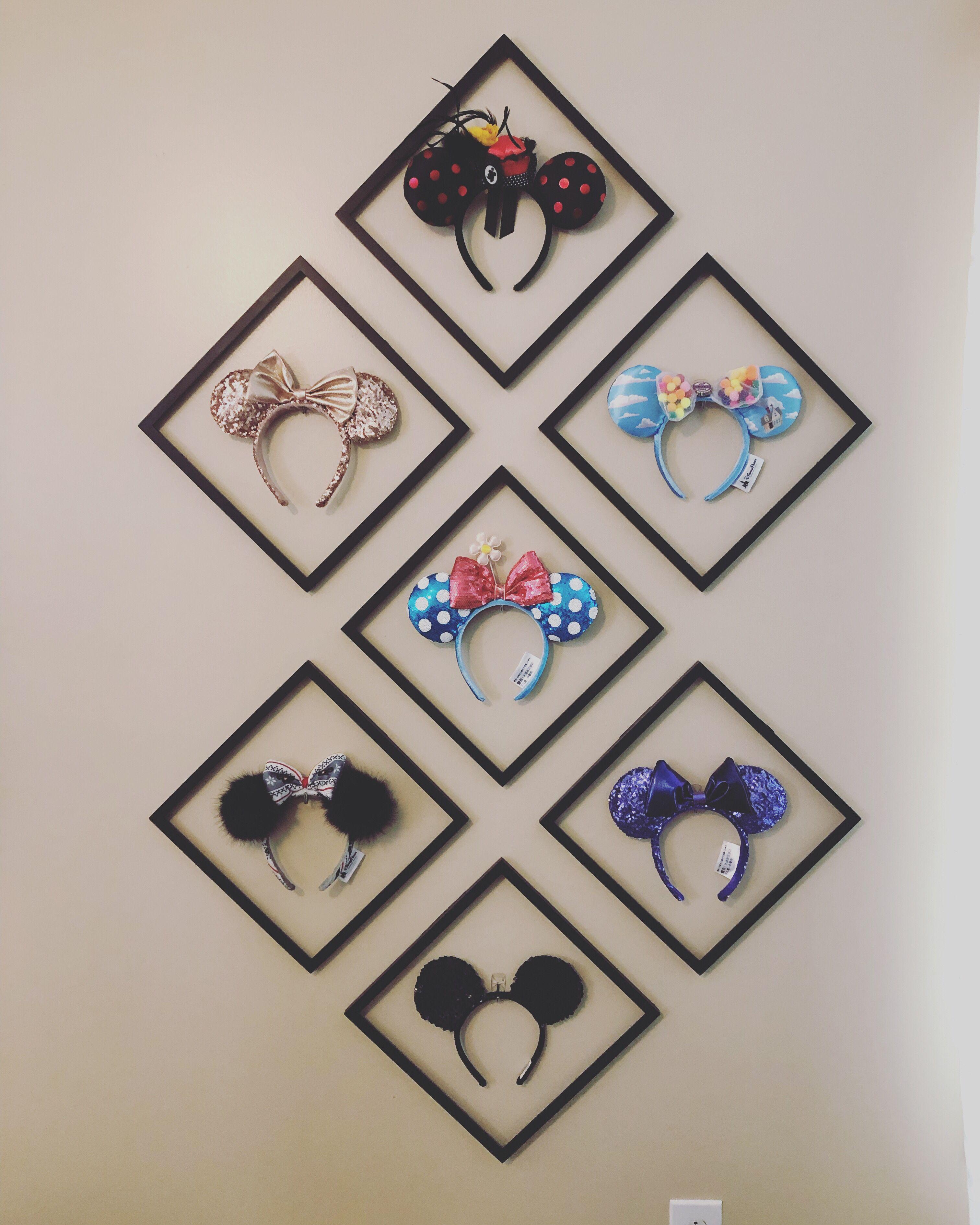 Mouse Ears Display #disneyrooms