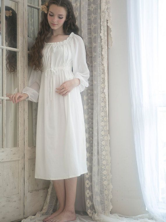f4906f6ee18e36c старинная ночнушка - Поиск в Google Платья Подружек Невесты, Свадебные  Платья, Простота, Костюмы