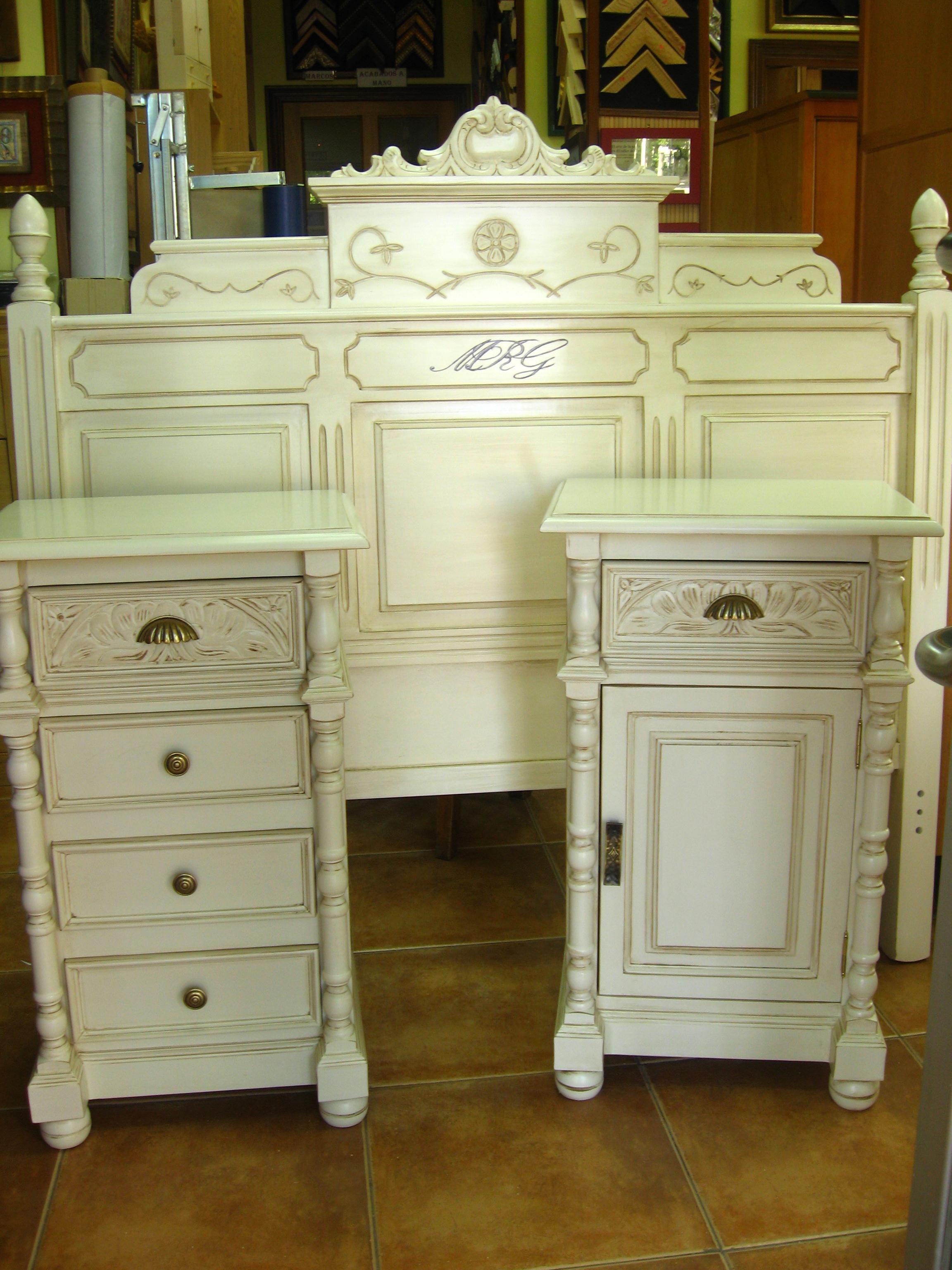 Dormitorio Pintado A Mano En Decap Tono Blanco Roto El Taller De  # Muebles Laqueados