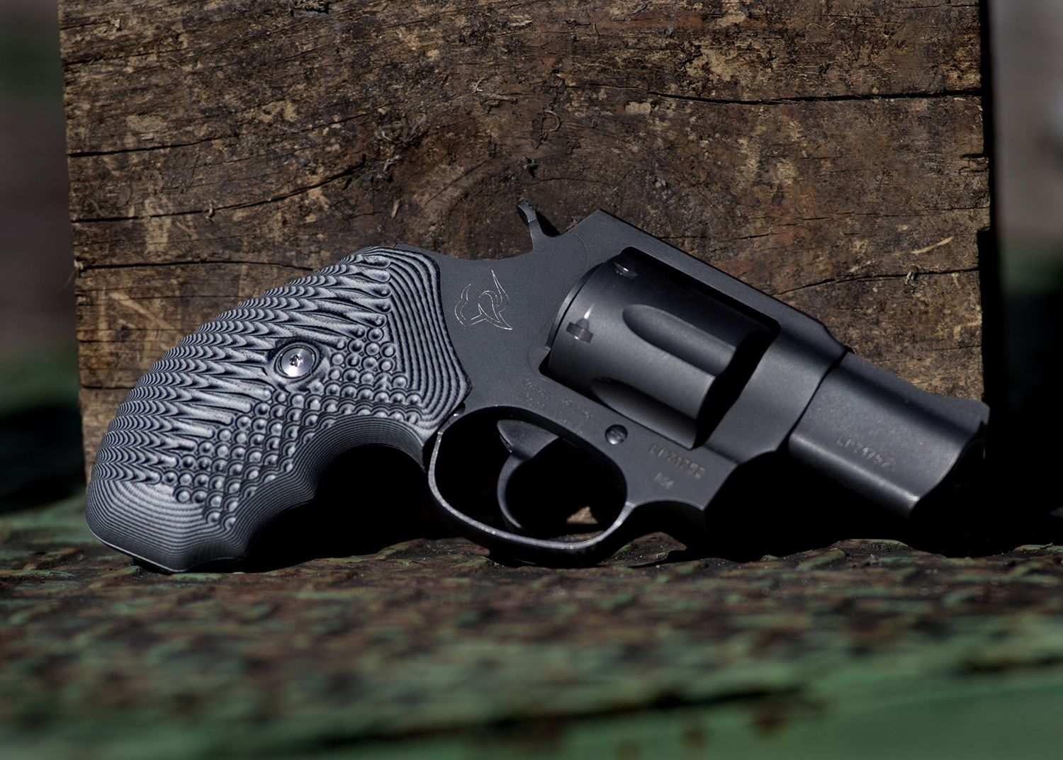 New Operator 2 textured G10 grips are now available for Taurus Small