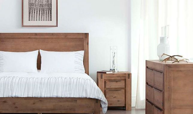 Chambre à coucher en acacia massif HAMBURG: http://www.basika.fr ...